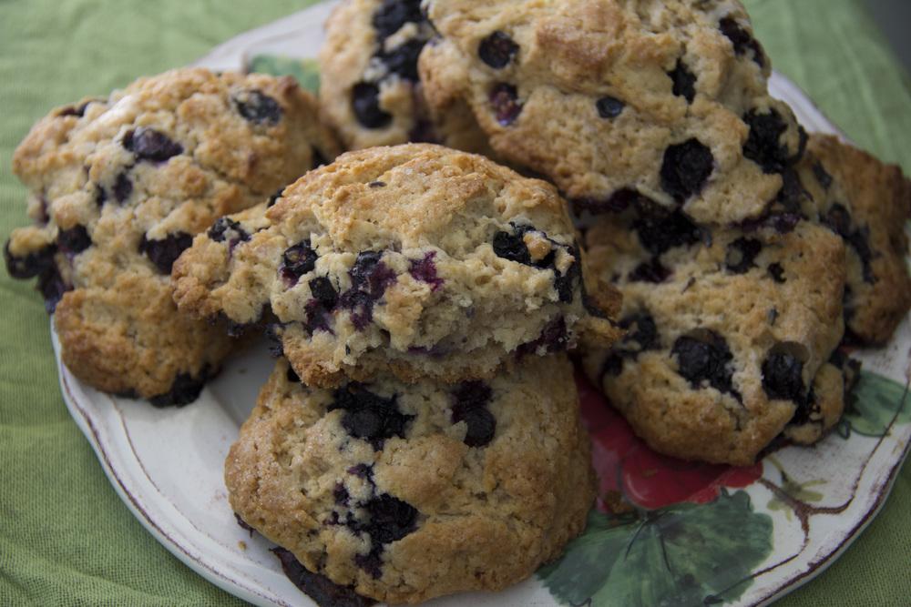 Lavender_Blueberry_Scones_0006.jpg