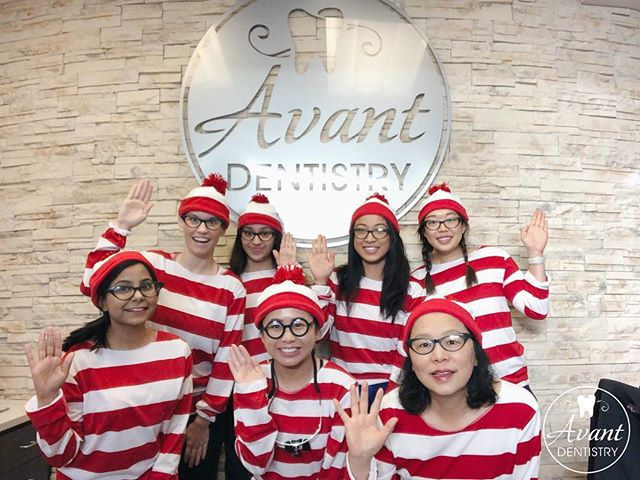 Where's Waldo?  Happy Halloween! 🎃🎃 . . . . . . #happyhalloween #halloween #waldo #dentist #hygienist #team #toothfairy #sparkingclean #fresh #costumes #whereswaldo #smiles