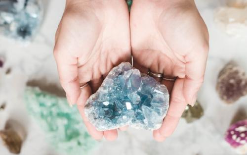 Crystals for peaceful sleep