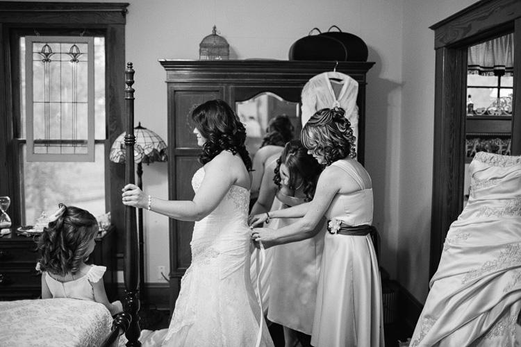 Texas Wedding Photographer serving Galveston, Austin, and San Antonio_08.jpg