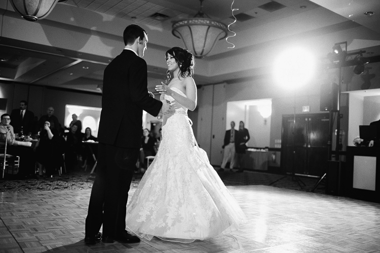 Chicago wedding photographer_beautiful, light, and airy wedding and engagement photography_33.jpg