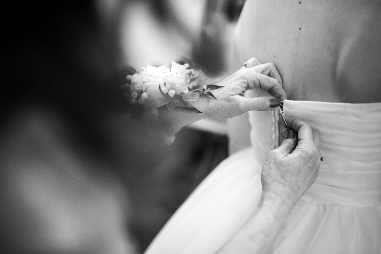 Organic light and airy Chicago Wedding PhotographY_07.jpg