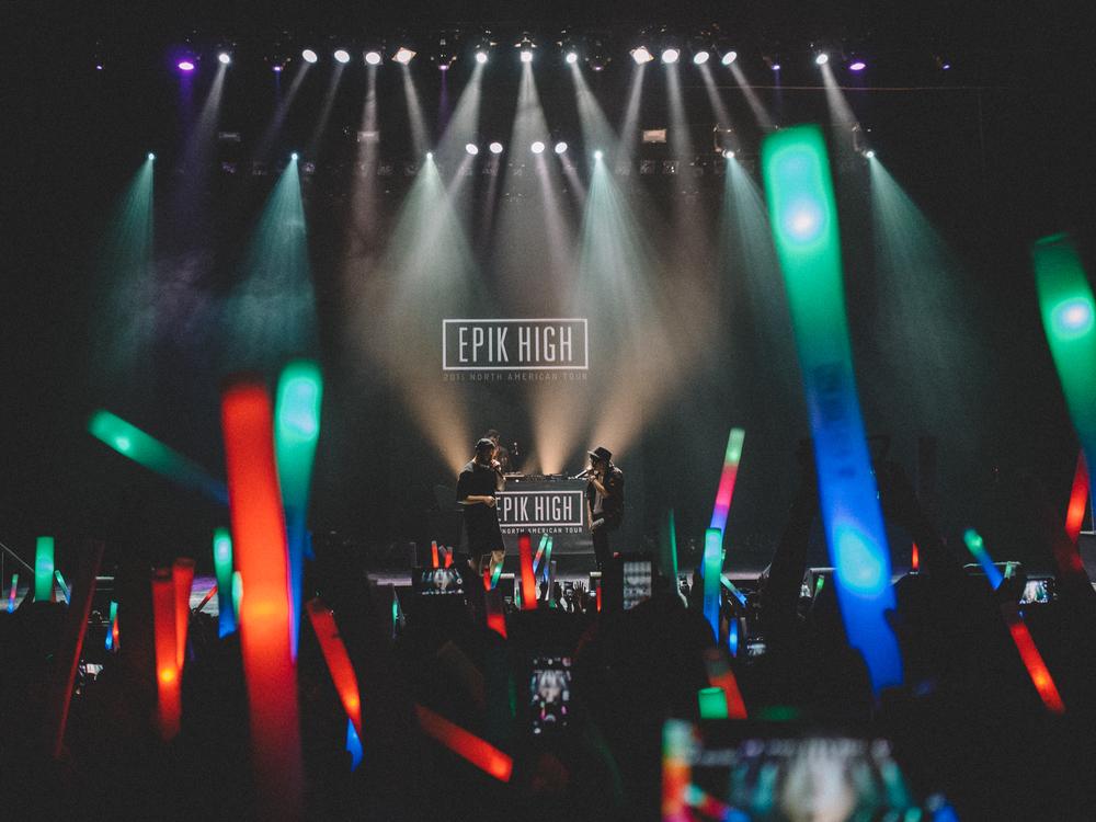 epik_high_tour_LA_2015-11.jpg