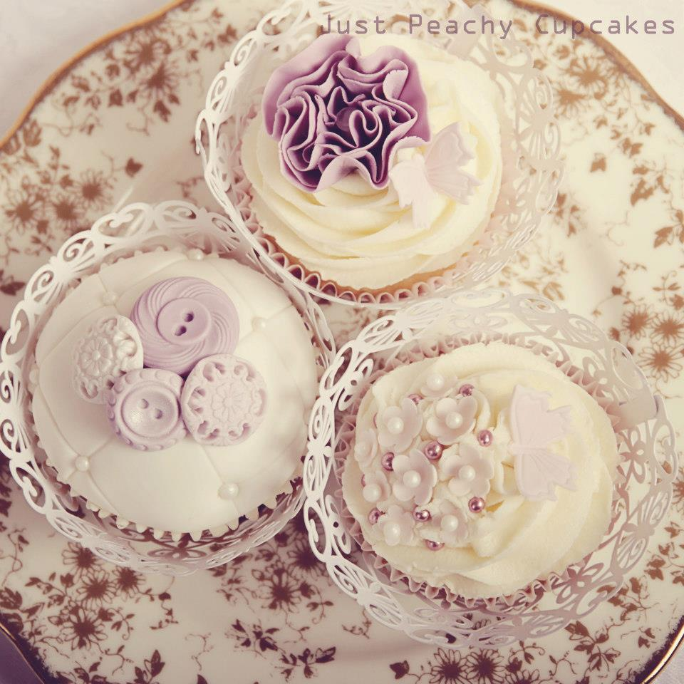 Vintage cupcakes 1.jpeg