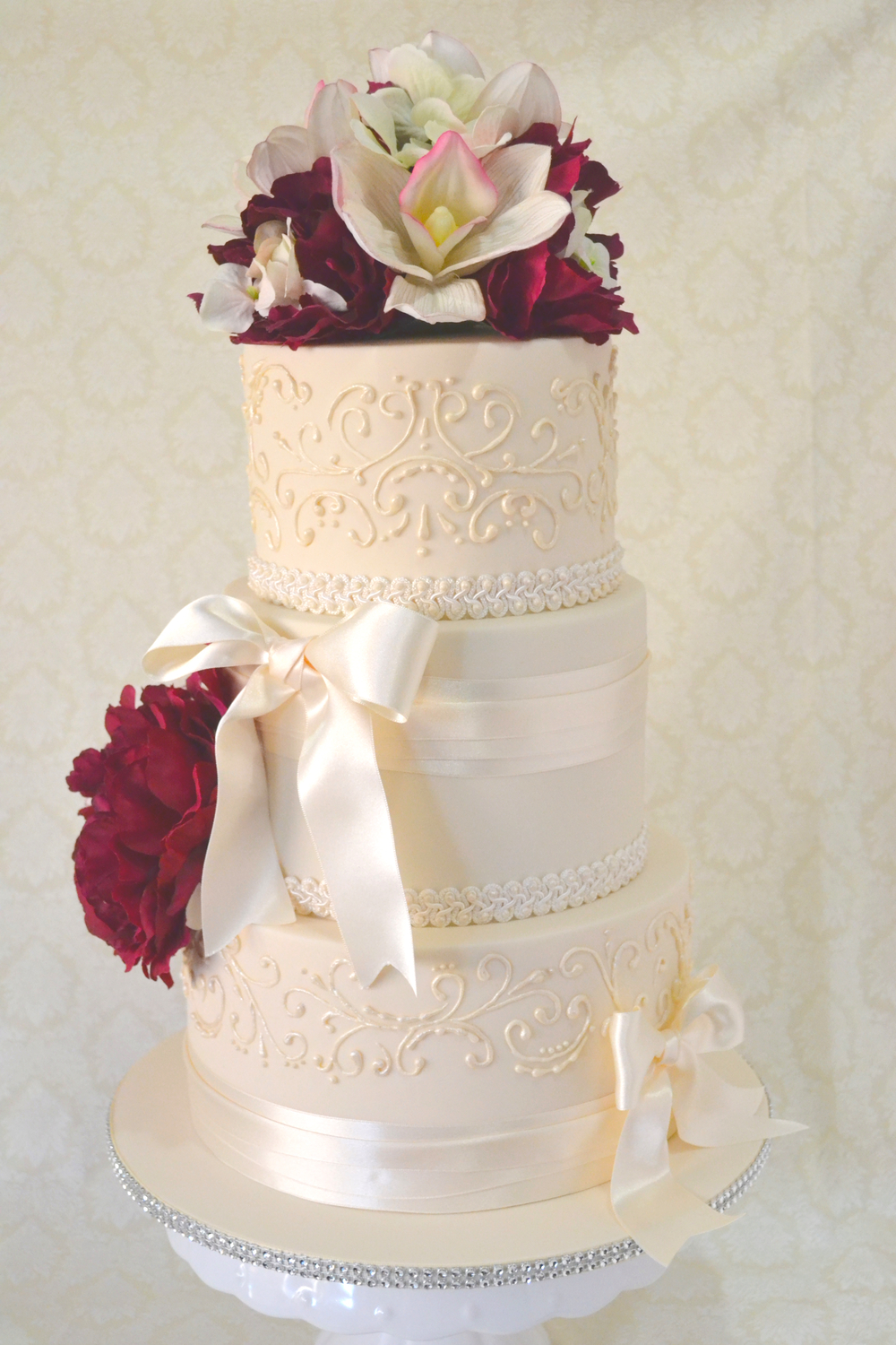 Nicole Reid Wedding cake.jpg