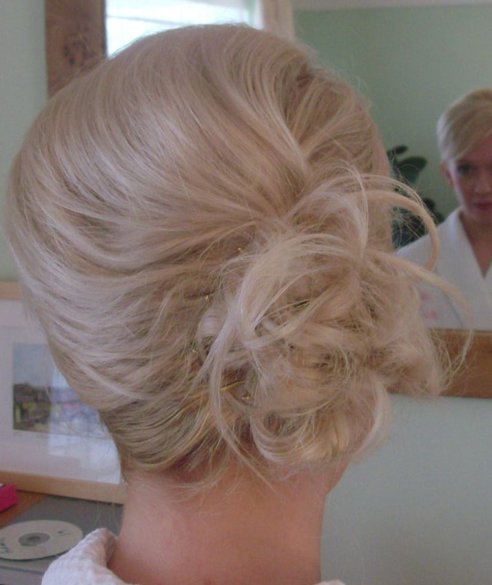 bridesmaid hair2 (2).jpg