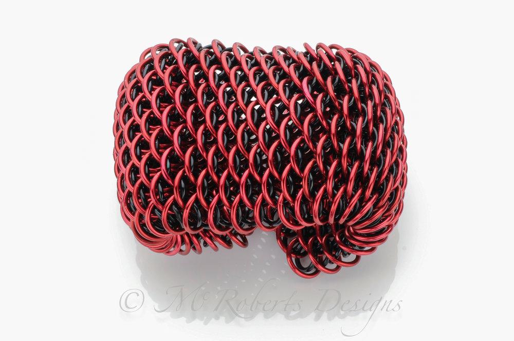 Dragon Scale Weave -