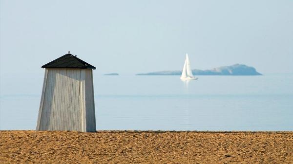Suomen aurinkoisimmassa kaupungissa on upeat hiekkarannat. (Kuva: Hanko Tourist Office, http://tourism.hanko.fi/valitse-oma-hiekkarantasi/)