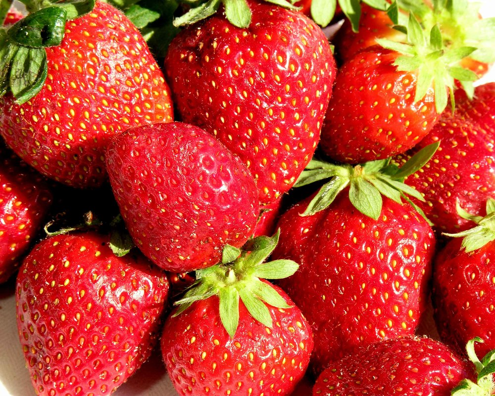 Z strawberries 1.jpg