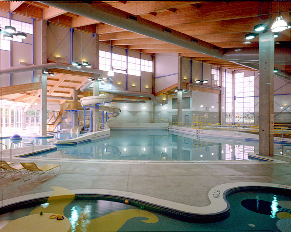 Lively Park Swim Center - Springfield, Oregon