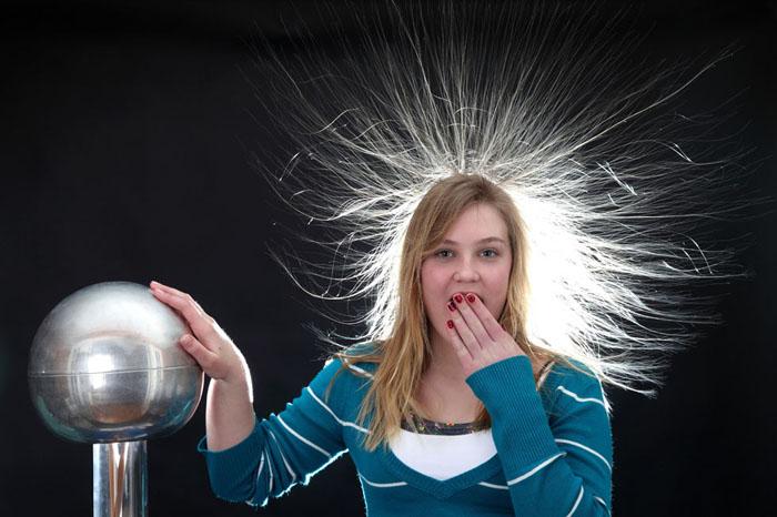 Van de Graaff Electrostatic Generator