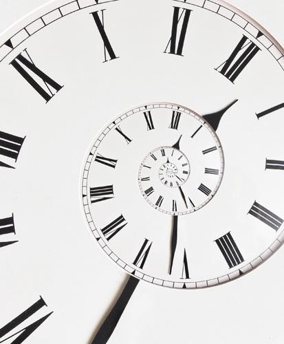 Spiraling clock