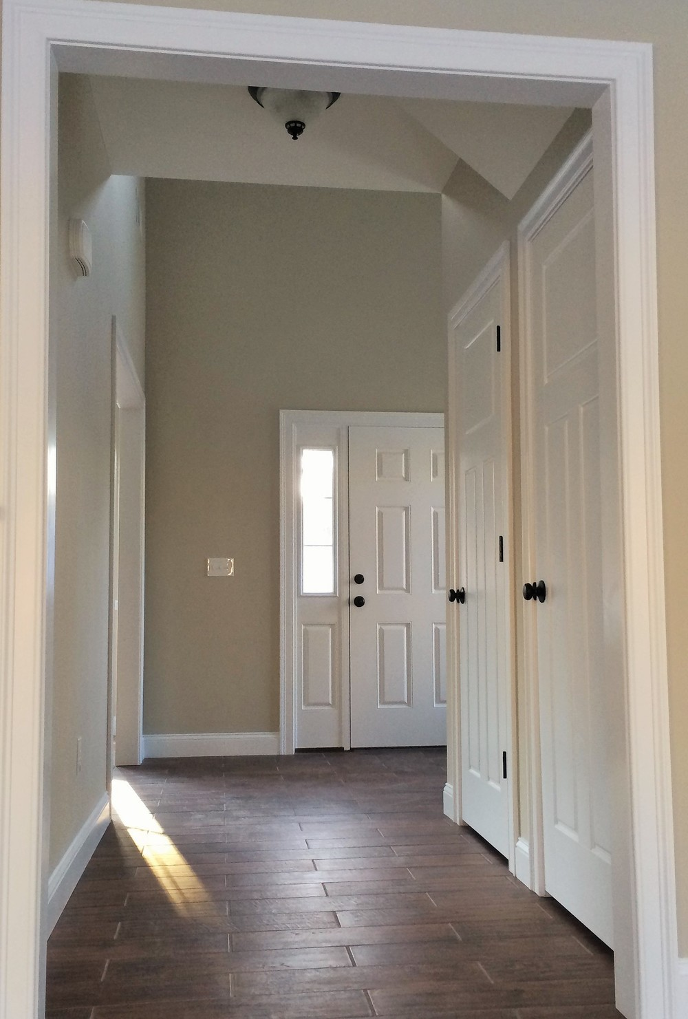 Hallway from Living Room.JPG