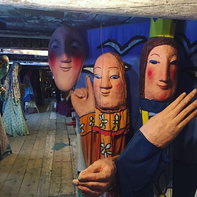 "@breadandpuppet for project block today.  We drove pretty far north into Vermont to get to the old barn that houses these incredible puppets.  When we arrived the kids looked at the snow-covered farm and asked if anyone else would be there.  The answer was no, but the museum is unlocked and free to the public even when it is ""closed"". #puppets #artforeveryone #fieldtrip #teachingart"
