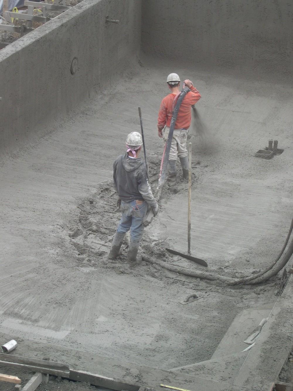 Pool2005-04-21_0055.JPG