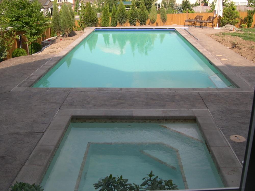 Pool2005-06-29_001.JPG