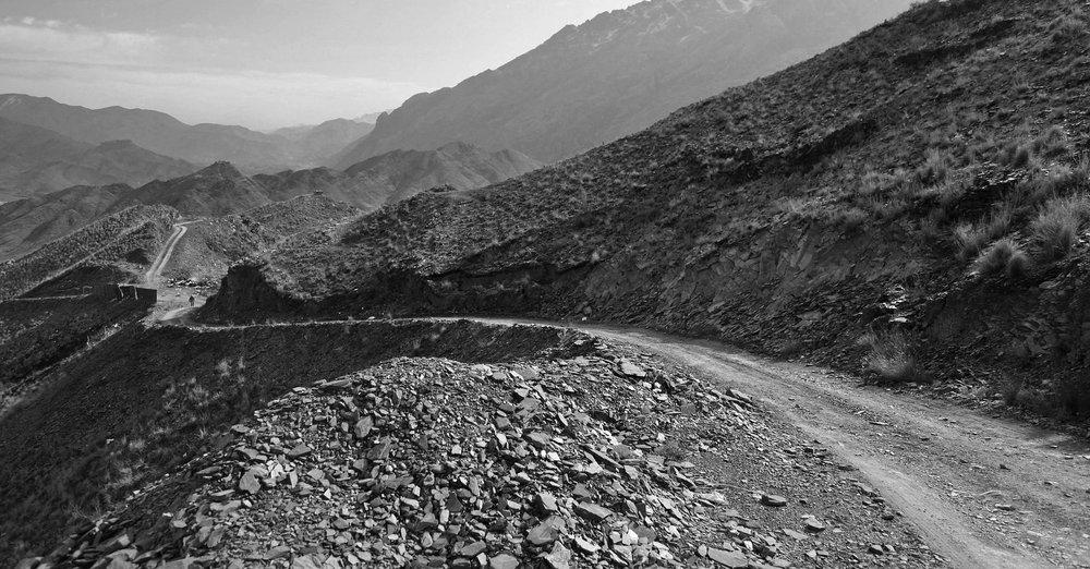 Rocky-mountain-road-hd-wall.jpg