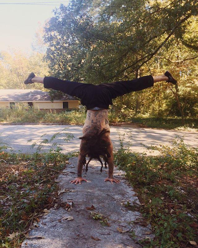 Hanging with next level yoga master @yoga_made_eazy #atlyoga #weloveatl #yogaeverydamnday
