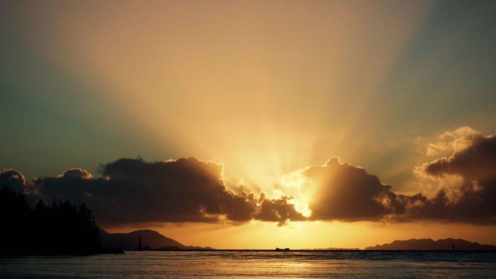 Sunset Lelu 2.jpg