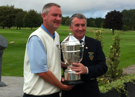 Alan Thomas with the Midlands Scratch Cup.