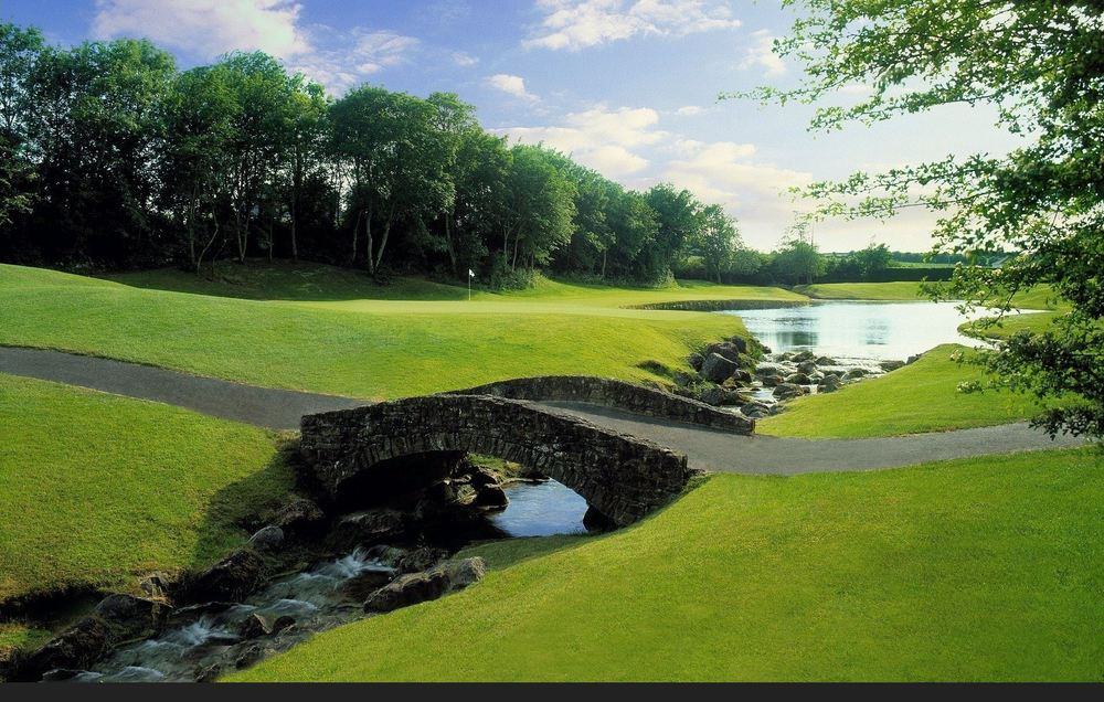 The par-three third at Mount Juliet. Picture © Mountjuliet.ie