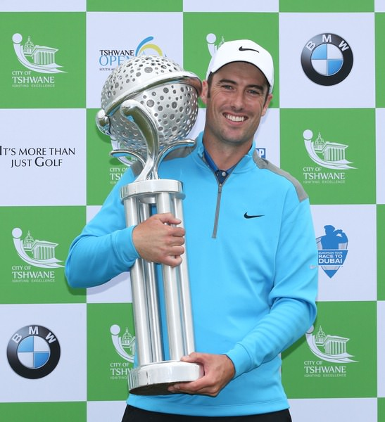 Ross Fisher with the Tshwane Open trophy. Picture: David Lloyd /  www.golffile.ie