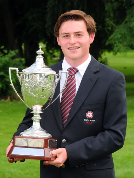 Bradley Moore with the Irish Boys Amateur Open trophy. Picture by Pat Cashman / www.cashmanphotography.ie