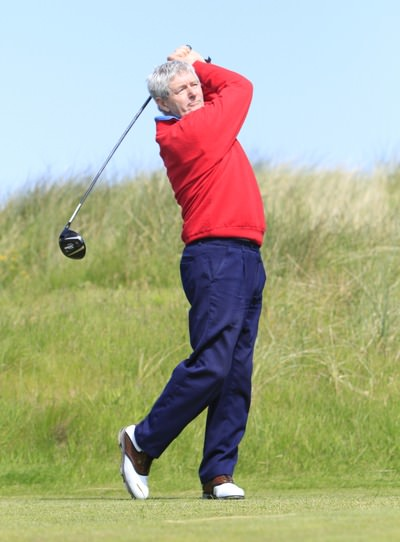 Co Louth's Val Smyth leads the Irish Seniors Close in Tullamore. Picture: Thos Caffrey / www.golffile.ie