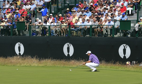 Pádraig Harrington lines up a putt.Picture Fran Caffrey,  www.golffile.ie