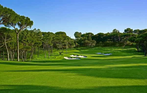 The approach to the 18th at Quinta do Lago's North Course