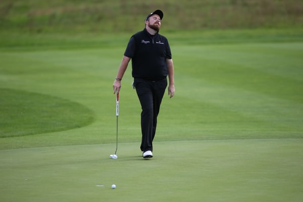 Shane Lowry laments a missed putt on the back nine of his match with Victor Dubuisson at the London Golf Club. Picture: David Lloyd / www.golffile.ie