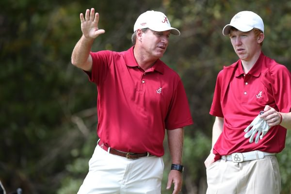 Gavin Moynihan (right) with Head Coach Jay Seawell during the University of Alabama's recent victory in the Jerry Pate National Intercollegiate. Picture by Daniel Melograna / rolltide.com