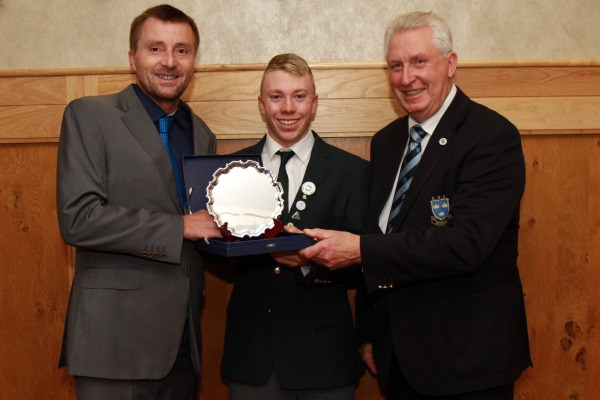 Left to right: Ger Keane of Keanes Jewellers Cork (Sponsor) with 2014 Munster Junior Golfer of the Year, Cathal Butler (Kinsale) and John Moloughney (Chairman GUI Munster Branch)
