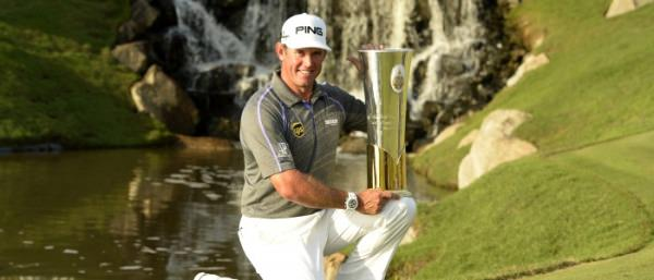 Lee Westwood with the Thailand Golf Championship trophy. Picture by Paul Lakatos/ Asian Tour
