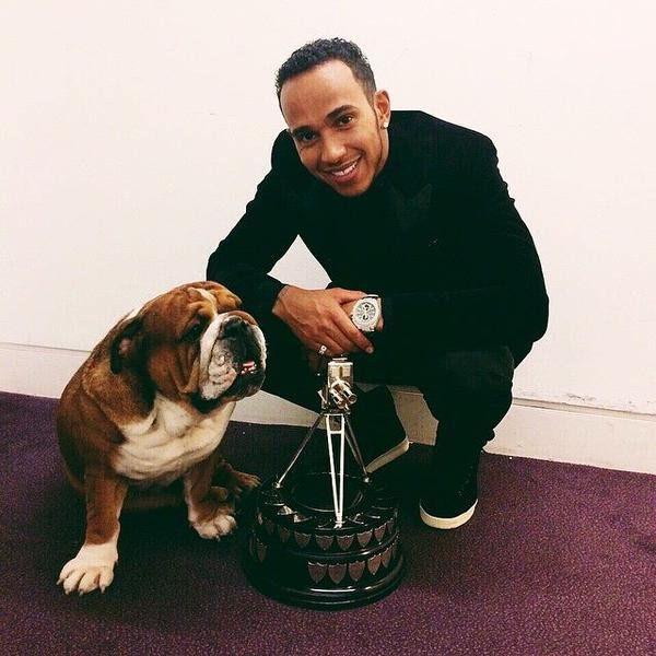 "Lewis Hamilton and his dog Roscoe. ""Roscoe says thank you as well!  #BESTdog   #TeamLH   #RoscoeHamilton  Picture via Twitter @LewisHamilton"