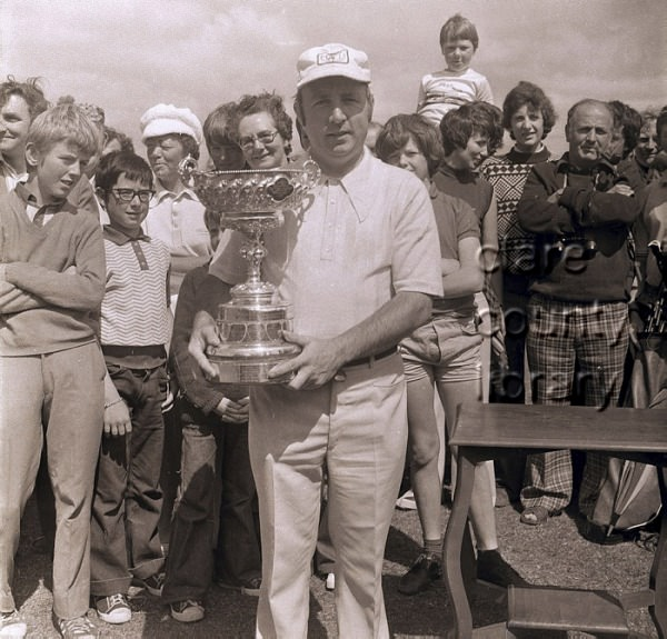 Vincent Nevin with the South of Ireland trophy 1976. Picture Michael John Glynne / clarelibrary.ie