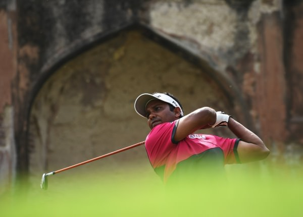 India's SSP Chawrasia hits a fairway metal in round three of the Hero Indian Open at Delhi Golf Club. Picture © Getty Images