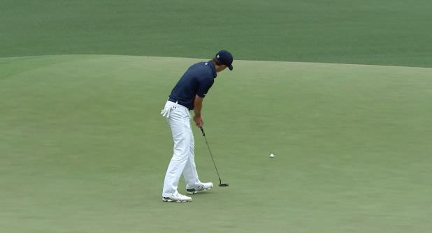 Jordan Spieth begins the final round of the 2015 Masters Tournament with a birdie
