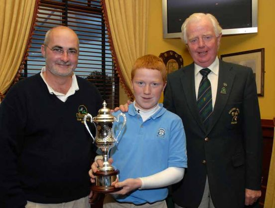 Gavin Moynihan with the Titleist Footboy Leinster U13 Series Trophy in 2008