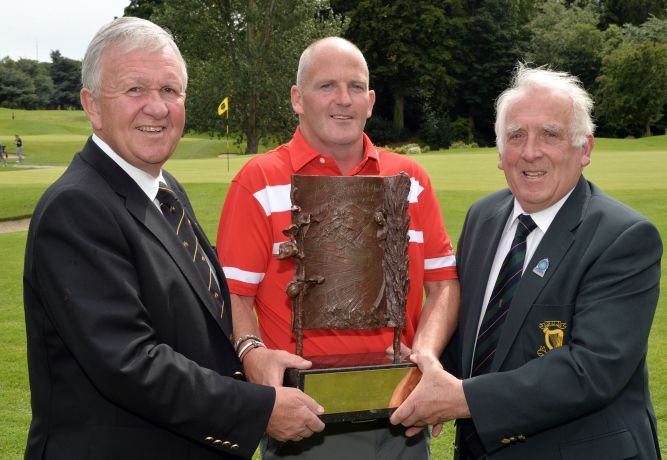 John Ferriter (Chairman, Leinster Golf, GUI) presenting Alan Condren (Greystones) with the 2015 Leinster Mid Amateur Open Championship trophy after his victory at Grange Golf Club (08/08/2015). Also in the picture is Paul Muldowney (Captain, Grange Golf Club). Picture by Pat Cashman