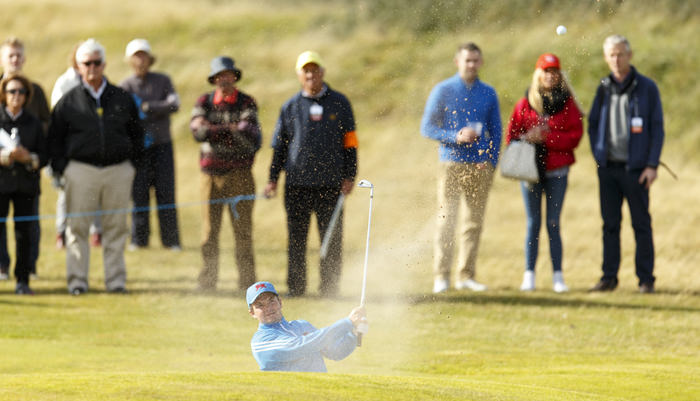 Jack Hume blasts out of a bunker on the seventh hole during an afternoon singles match at the 2015 Walker Cup at Royal Lytham & St. Annes G.C. in Lytham St Annes, Lancashire on Saturday, Sept. 12, 2015.  (Copyright USGA/Chris Keane)