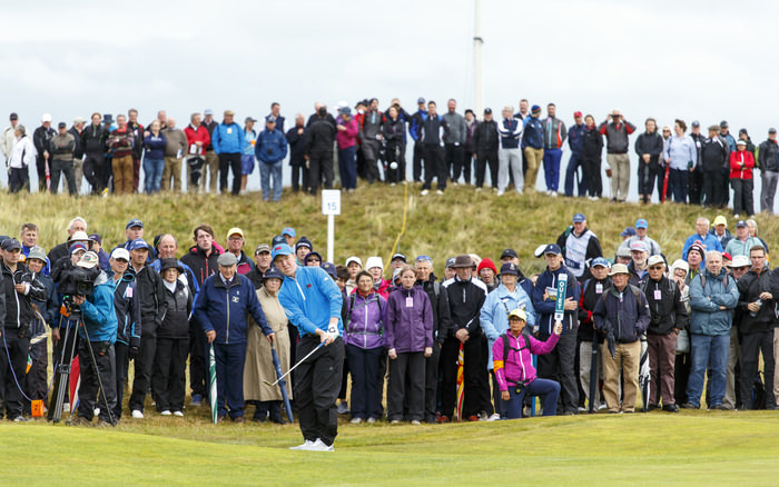 Gavin Moynihan watches his pitch shot on the 15th hole during the morning foursomes matches of the 2015 Walker Cup at Royal Lytham & St. Annes G.C. in Lytham St Annes, Lancashire on Saturday, Sept. 12, 2015.  (Copyright USGA/Chris Keane)