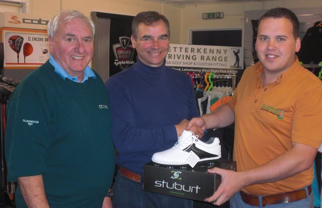 Alliance member John Doran, receiving his 'draw' prize from David Moore, sponsor, proprietor of Letterkenny Driving Range at the Glebe. Also pictured, Alliance Hon. Sec. Mr. Barry Ramsay.