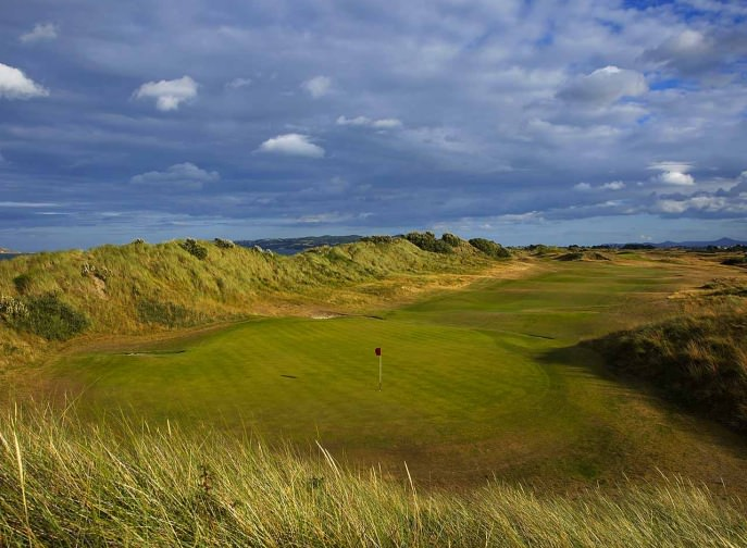 THE 18TH AT PORTMARNOCK HOTEL AND GOLF LINKS. PICTURE VIA  PORTMARNOCK.COM