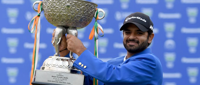 NEW DELHI- INDIA – Chiragh Kumar of India pictured with the winner's trophy on Sunday November 8, 2015 during the final round of the Panasonic Open India at the Delhi Golf Club. Picture by Paul Lakatos/Asian Tour.