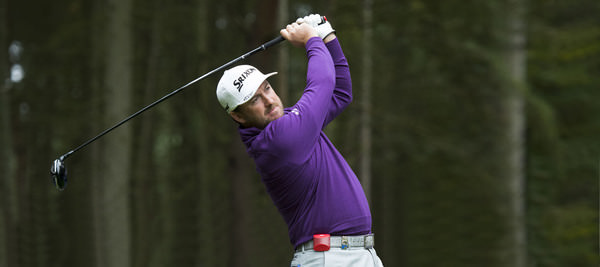Graeme McDowell practices for the 2015 British Masters at Woburn with his GAME GOLF LIVE device. Picture: Richard Martin-Roberts | Golffile