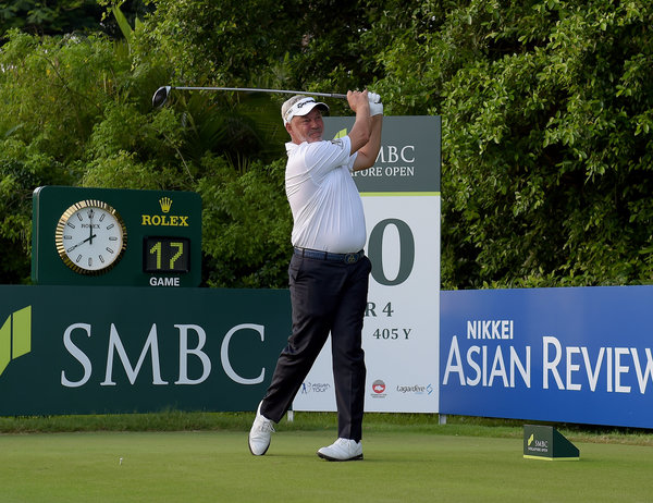 SINGAPORE-Darren Clarke during round one of The SMBC Singapore Open, co-sanctioned by the Asian Tour and Japan Golf Tour Organization. Picture by Paul Lakatos/ Lagardère Sports