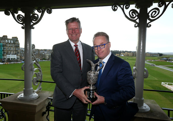 Martin Slumbers, Chief Executive of The R&A, and Keith Pelley, Chief Executive of The European Tour with the Senior Open trophy. Credit: Getty Images