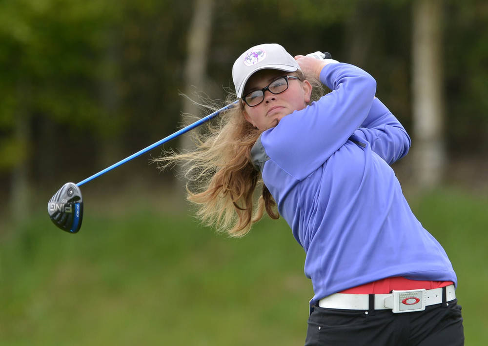 Annabel Wilson (Lurgan) driving at the 7th tee in the 2015 Irish Women's Open Strokeplay Championship at Dun Laoghaire Golf Club. Picture by  Pat Cashman