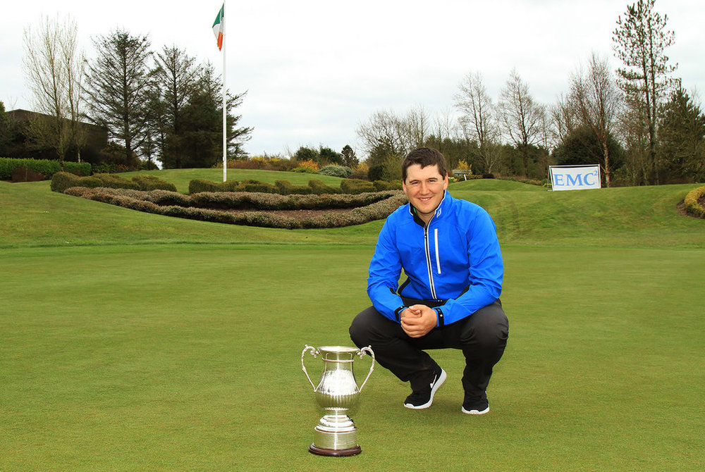 Colm Campbell Jnr with the EMC Lee Valley Senior Scratch Cup. Picture:  Niall O'Shea/CorkGolfNews.com
